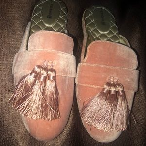 Birdies Slippers size 6.5